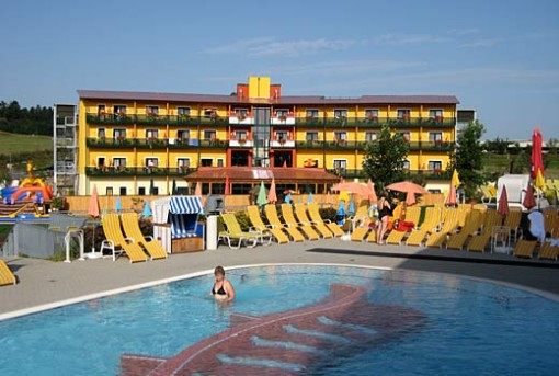 Reiters Familientherme in Stegersbach mit Thermenhotel PuchasPlus
